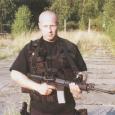 Kniha Taktika boje – Metodika výcviku jednotek zvláštního nasazení od Petra Holoubka [*1968], bývalého člena URN FMV a jednoho ze zakladatelů speciální protiteroristické jednotky OTO (SOG), vypadá jako příručka podle...