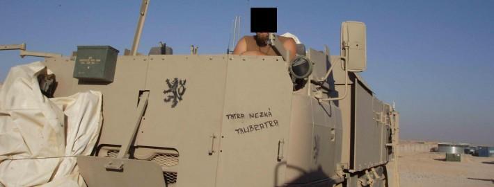 T 815 SOT ve využití jednotky USO (SOG) nemá u řidiče ani spolujezdce lafetované kulomety řady PK, ale lafetované kulomety MK 48 ( derivace M249 ( Minimi) v raži 7.62…)...